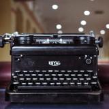 06---Royal-typewriter
