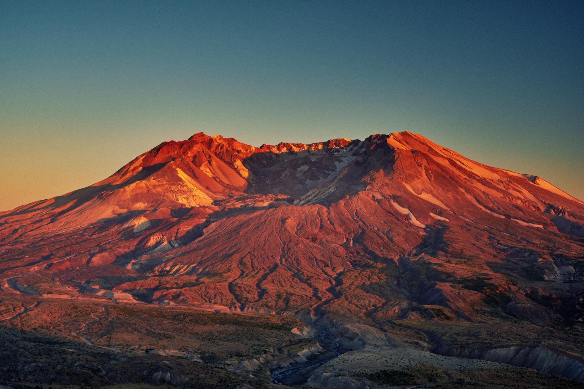 Mt-St-Helens.jpg